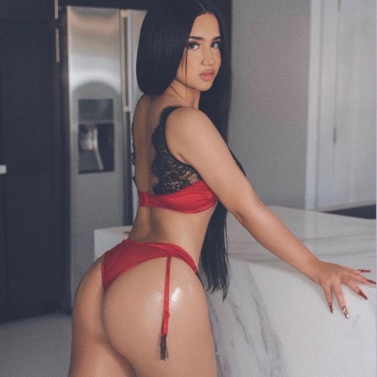 Genevieve TikTok avatar