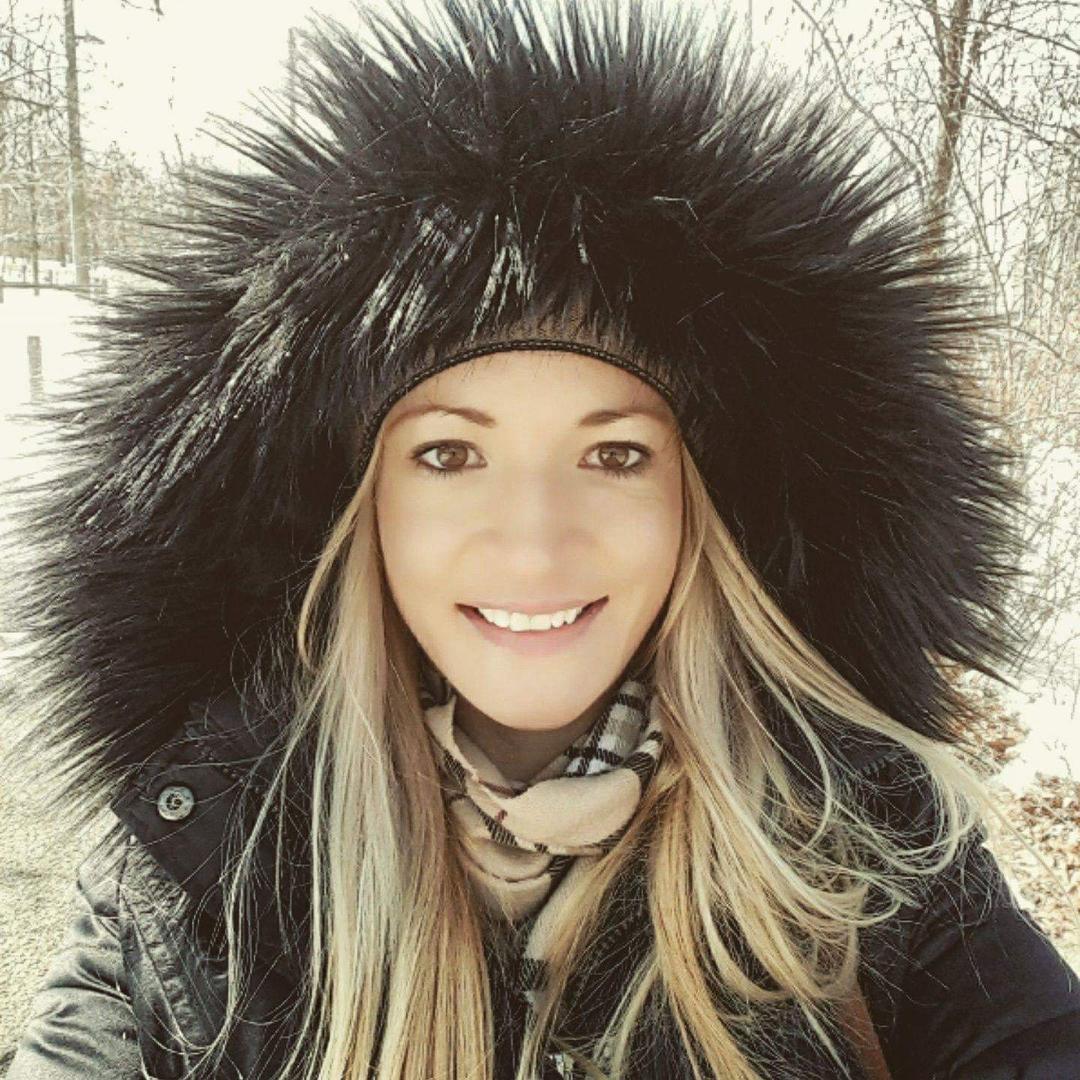 Caroline TikTok avatar