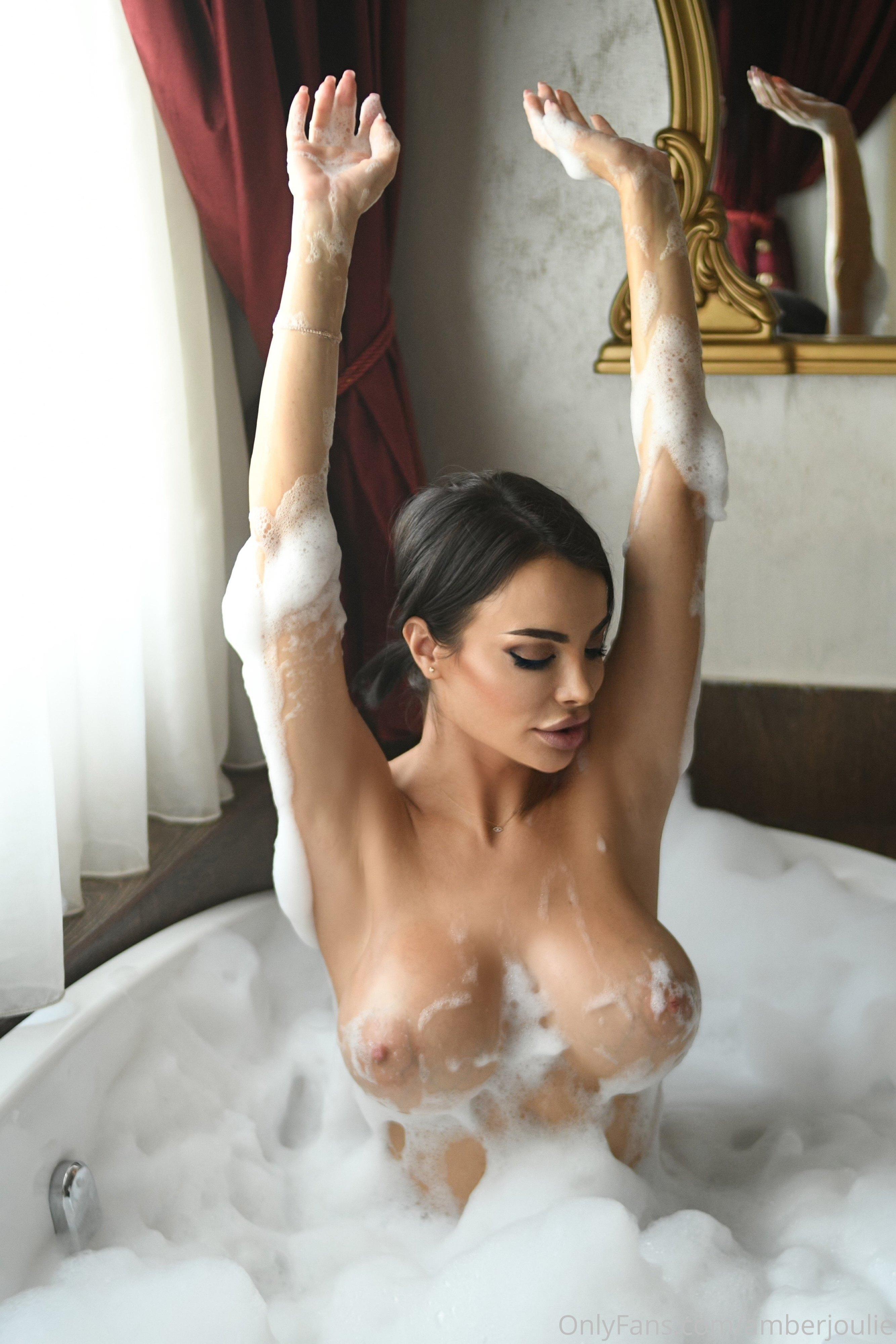 @amberjoulie nude photo 34
