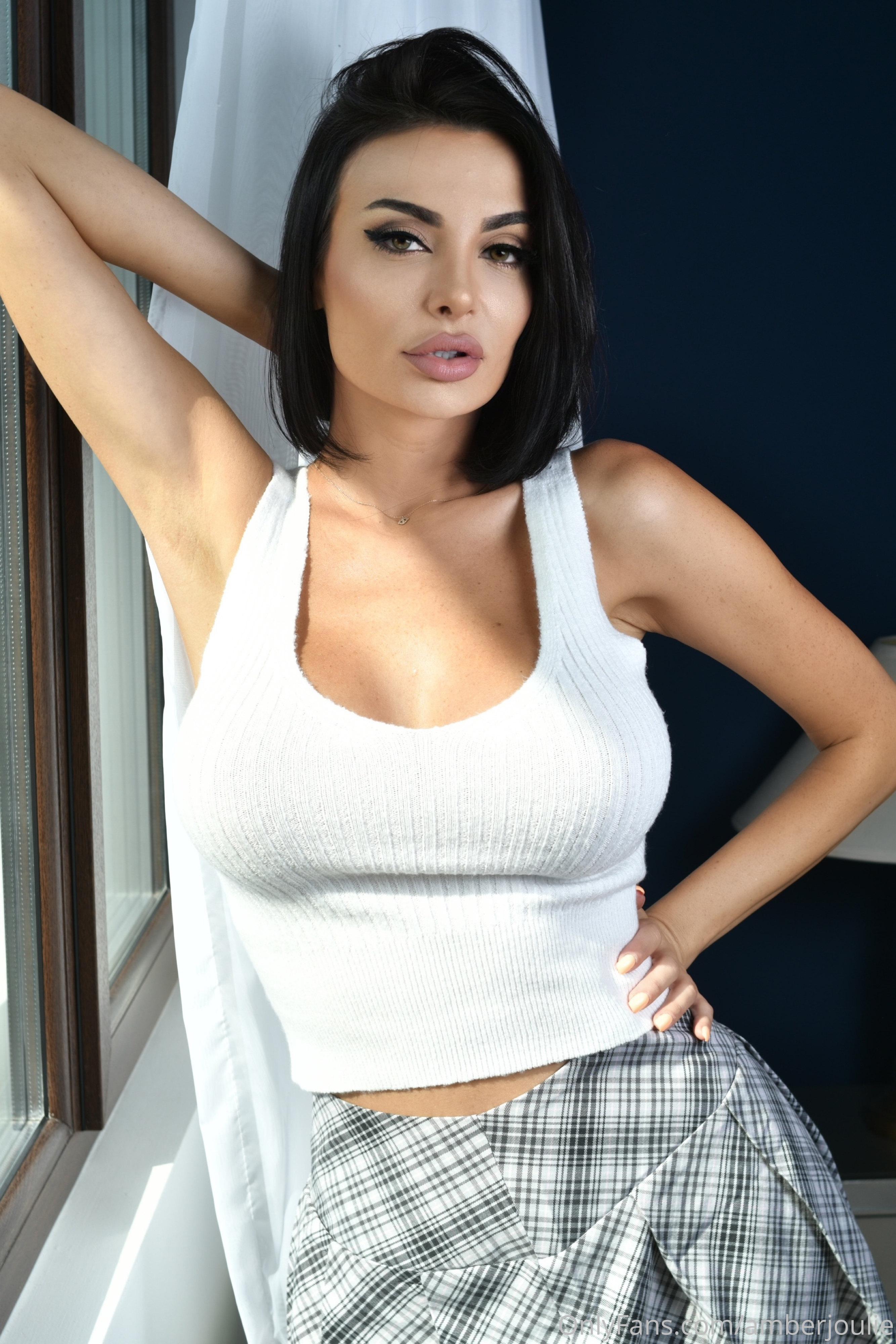 @amberjoulie nude photo 10