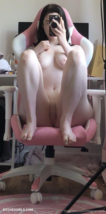 @okichloeo nude photo 32